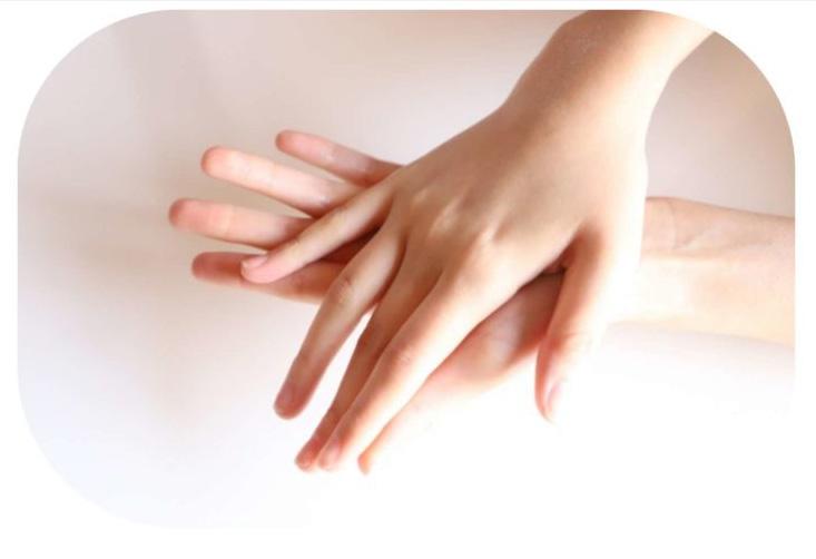 画像:手肌の水分量UP!
